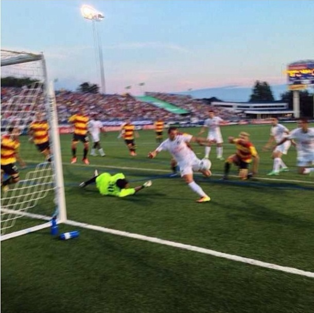 Peri Marosevic's Goal Against The Strikers - The 1st goal of the 2013 Season!
