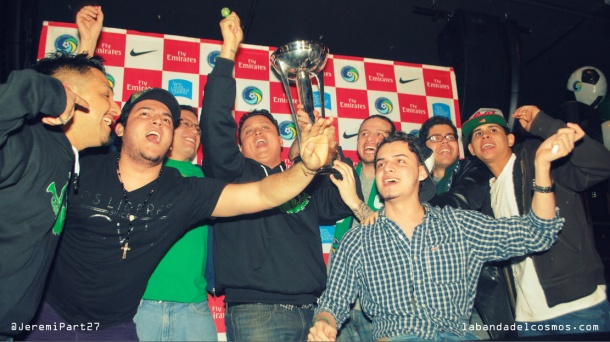 La Banda Del Cosmos Recreating The Moment The Cosmos Raised The Trophy in 2013! Phot Credit - Jeremi Part