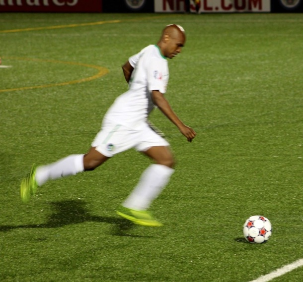 Our Hero On The Night - Marcos Senna! (photo credit - Eytan Calderon)